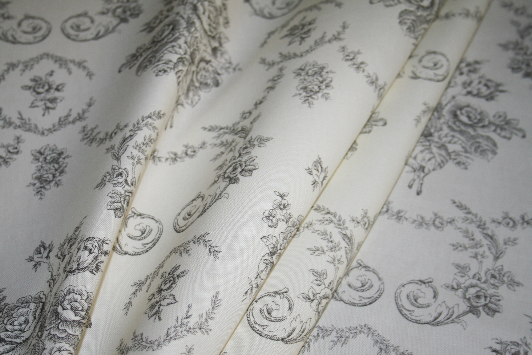 Draped Ralph Lauren Design Closeout Saratoga Toile Color Charcoal Home Decorating Fabric